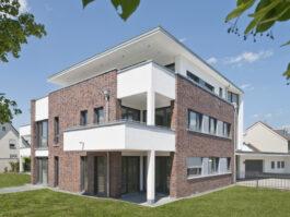 Клинкерная фасадная плитка Feldhaus Klinker R560 Carbona carmesi colori